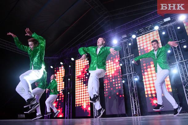 Танцоры Коми завоевали путевки на чемпионат Европы по чир-спорту